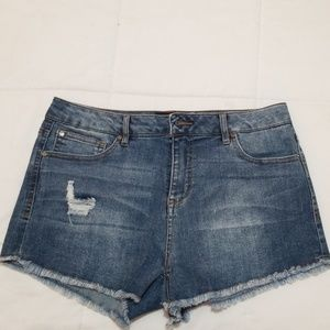 Cut-off jean shorts